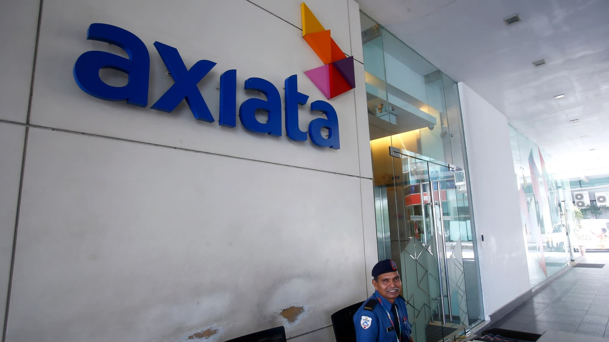 axiata-seeks-malaysia-indonesia-mergers-after-telenor-talks-ends