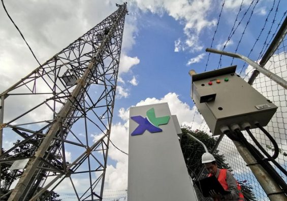 Protelindo and CMI will purchase EXCL telecommunication towers